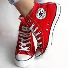 Converse Chuck Taylor All Star High TopYou can find Converse chuck taylor and more on our website.Converse Chuck Taylor All Star High Top Converse Haute, Mode Converse, Converse All Star, Red High Top Converse, Converse High Tops Colors, Converse Hightops, Red And White Converse, Yellow Vans, All Star Shoes