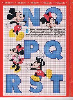 Alfabeto punto croce con Disney Topolino e Minnie (3)