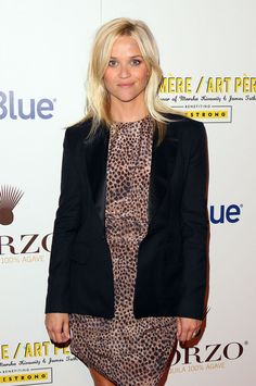 Reese Witherspoon Blazer - Reese Witherspoon topped off her wild style with a black tuxedo inspired blazer with satin lapels at the Art Pere Night.
