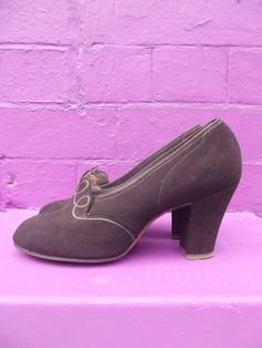 Early 40's brown suede shoes immaculate by GingermegsVintage