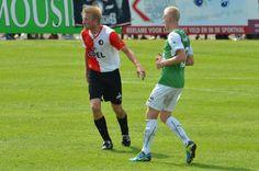 Voormalig #ADO middenvelder, Lex Immers bij SC - Feyenoord met Tim van Rheenen, ex #Oliveo Pijnacker aanvoeder in de verdediging. #voetbal  meer foto's - http://www.daviddilling.com/fotogalleries/SC-Feyenoord-Feyenoord-Samenvatting-Oliveo-Voetbal-TV-Pijnacker/Pages/294.html