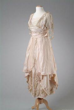 Enchanted Serenity of Period Films: Edwardian Fashion - Gallery #4
