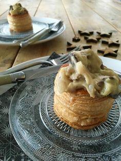 Homemade ragout with mushrooms - Puur Suzanne Christmas Food Treats, Vegan Christmas, Xmas Food, Christmas Time, Tapas, Mushroom Ragout Recipe, Vegan Side Dishes, Good Food, Yummy Food