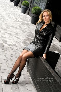 Black Leather Skirt Suit Sheer Black Stockings and Black Stiletto High Heels Mode Latex, Sexy Women, Sexiest Women, Pantyhose Outfits, Nylons, Black Pantyhose, Leder Outfits, Look Fashion, Womens Fashion