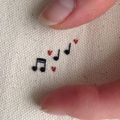 tiny music notes emb