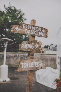 rustic wedding signage  | onefabday.com