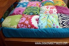 Sewing Cushions Tutorial for cushy seat cushions on Sew Sweetness using squares, stuffing and foam. Looks so comfy. Chair Pads, Chair Cushions, Bed Pillows, Chair Pillow, Chaise Diy, Patchwork Chair, Patchwork Ideas, Patchwork Cushion, Tutorials