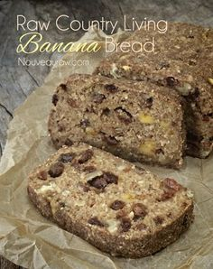 Craving a little down-home comfort? Satisfy your soul with this delicious and wholesome cake-like Country Living Banana Bread that's raw, vegan, gluten-free Raw Vegan Desserts, Healthy Vegan Snacks, Raw Vegan Recipes, Vegan Sweets, Vegan Foods, Vegan Meals, Healthy Eating, Banana Walnut Bread, Vegan Banana Bread