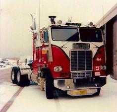 Freightliner COE