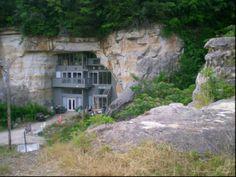 Festus Cave House, Festus, Missouri