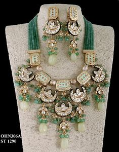 Kundan Jewellery available at Ankh Jewels for booking msg on Kundan Jewellery Set, Indian Wedding Jewelry, Bridal Jewellery, Clean Gold Jewelry, Silver Jewelry, Silver Rings, Royal Jewelry, Enamel Jewelry, Craft Jewelry