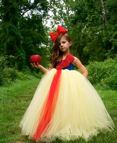Snow White tutu dress by PoufCouture. This is precious!