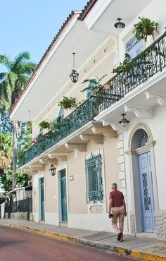 Must-Visit: Panama City's Casco Viejo Neighborhood #theeverygirl