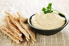 How to make smooth homemade hummus. This Great Northern beans hummus recipe is so creamy and easy to make! High Protein Recipes, Protein Foods, Dip Recipes, Free Recipes, Snack Recipes, Easy Snacks, Healthy Snacks, Healthy Recipes, Camping Snacks