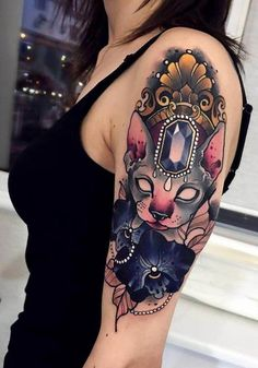 35 Spectacular Tattoos That Will Help Determine the Choice Of Picture On The Body Traditional Tattoo Halloween, Traditional Tattoo Animals, Traditional Tattoo Art, Cute Tattoos, Body Art Tattoos, Sleeve Tattoos, Hip Tattoos, Black Cat Tattoos, Animal Tattoos