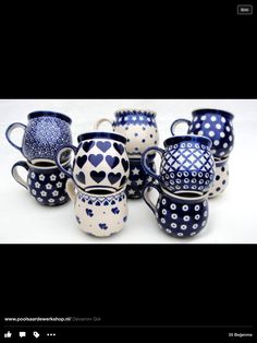 Mokken, Pools Aardewerk, www.nl I love my Polish mugs. Blue Pottery, Pottery Mugs, Ceramic Pottery, Ceramic Mugs, Ceramic Art, Stoneware, Blue And White China, Love Blue, Polish Pottery