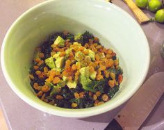 kale, avocado and golden raisin salad