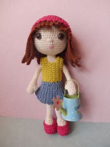 What a doll! FREE Dress Up Emily Doll amigurumi pattern by AmiLovesGurumi (available in English/German) ༺✿Teresa Restegui http://www.pinterest.com/teretegui/✿༻