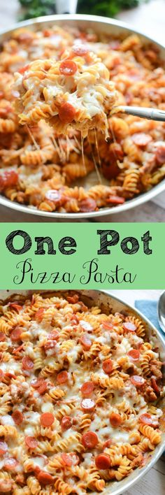 One Pot Pizza Pasta - quick and easy dinner recipe! Sausage, pepperoni, and lots of cheese!
