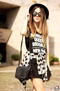 FashionCoolture - 04.09.2015 look du jour black basic tshirt and boots (2)