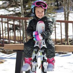 Happy Saturday! Family ski time #telluride
