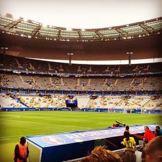 What about those for seats! Our Trip to the Euros winners Adam & Aaron sent us this ahead of Ireland vs Sweden in France.. We're not jealous AT ALL! #IreVSwe #Euro2016WithWLR #COYBIG