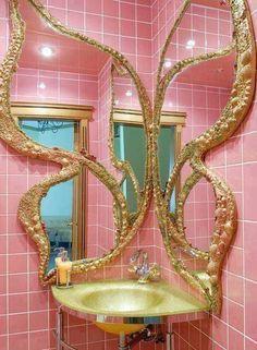 Giant golden butterfly mirror in a pink bathroom Dream Home Design, House Design, Butterfly Bathroom, Spiegel Design, Aesthetic Room Decor, Dream Rooms, House Rooms, Bedroom Decor, Interior Design