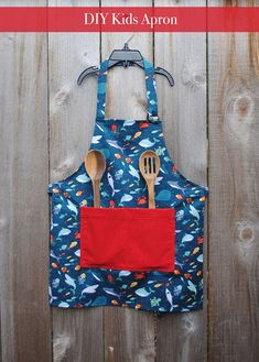 hankie dress DIY Kids Apron – Easy Craft and Sew Discover The Los Angeles County Arboretum & Botanic Childrens Apron Pattern, Child Apron Pattern, Apron Pattern Free, Childrens Aprons, Aprons For Kids, Sewing Projects For Kids, Sewing For Kids, Diy For Kids, Diy Projects
