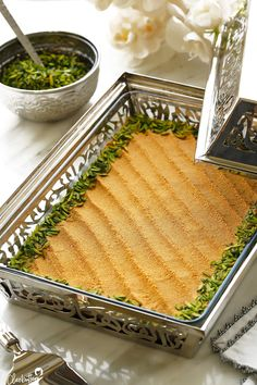 Arabic Dessert, Arabic Sweets, Arabic Food, Lebanese Desserts, Lebanese Recipes, Indian Food Recipes, Party Desserts, Dessert Recipes, Dessert Party