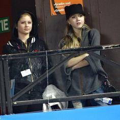 Yulia Lipnitskaya and Elena Radionova at Eric Bompard 2014 激发起Radioskaya这对CP的最初的印象……收音机diva傲视群芳我卡小可爱在旁边乖萌萌