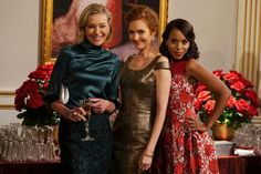 Spreading holiday cheer with the lovely ladies of #Scandal - Portia de Rossi, Darby Stanchfield & Kerry Washington