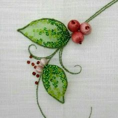 Tina's handicraft : how to embroider flower leaves with organza and be...