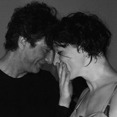 Neil Gaiman & Amanda Palmer, i.e.: my favorite couple out there.