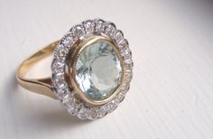 Những mẫu nhẫn đính hôn gắn đá lấp lánh http://btj.com.vn/vn/mua-hang-online/nhan-dinh-da-mau-trang-suc-da-quy-15.html/?type_id=4