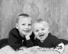 Prosjekt 365 / 4 #347 #onephotoaday #portrait #brothers #hildring #kvinnherad #jorunlarsen #bw photo @jorunlarsen