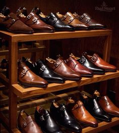 Paul Stuart is an upscale men s   women s retailer known for its unique  take on Anglo-American classics. Since 1938 Paul Stuart has been the  leading arbiter ... 9e56cff29c