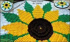 EU TAMBÉM CROCHETO...: Tapete Girassol em Trapilho (Técnica de Tapestry)
