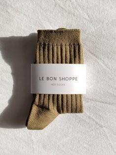 Her Socks (MC cotton) - Pesto Red Hook, Cotton Socks, Knitting Socks, Drink Sleeves, Pesto, Simple Designs, Spandex, Bleach, Korea