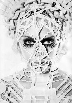 Kylie Minogue in Jean Paul Gaultier Haute Couture Jean Paul Gaultier, Jean Paul Goude, Kylie Minogue, Editorial Fashion, Fashion Art, Dark Fashion, Collage Kunst, Face Lace, Inspiration Artistique
