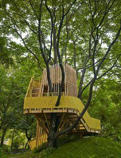 Ein schöner Spielplatz in Berlin-Mitte und eine gute Gelegenheit zum Pause machen für alle, die Mit Kindern in Berlin unterwegs sind: Das Baumhaus Fischerinsel