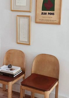 Vintage Interior Design the home gallery. - the new living room art gallery i've started is still a work in progress, so i've been on the hunt for home gallery inspiration.