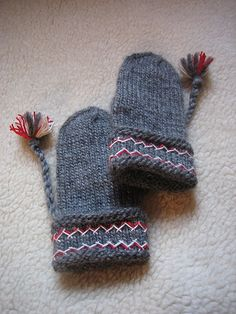 Lovikka mittens (found @ Ravelry - pattern in book: The Complete Book of Traditional Scandinavian Knitting  by Sheila McGregor)