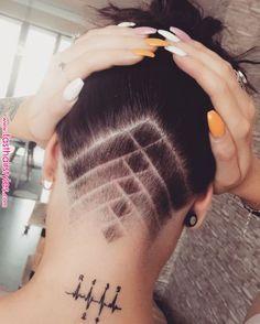 50 Outstanding Undercut Designs for Women's Undercut Hairstyles Women, Undercut Long Hair, Pretty Hairstyles, Undercut Women, Wedding Hairstyles, Shaved Undercut, Shaved Nape, Updo Hairstyle, New Hair