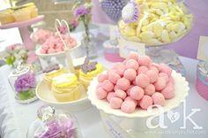 http://aandklollybuffet.com/2013/10/13/vintage-pastel-baby-shower-dessert-buffet/