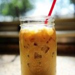 Perfect Iced Coffee by The Pioneer Woman Cooks Ree Drummond -- this gives the recipe for the coffee concentrate to make this and other drinks (vietnamese coffee and frapuccinos) Non Alcoholic Drinks, Fun Drinks, Yummy Drinks, Beverages, Yummy Food, Tasty, Cocktails, Delicious Recipes, Refreshing Drinks