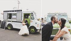 food truck wedding | minneapolisphotographer.com
