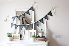 We're loving all the crafty options for chalkboard paint! So we've collected some favorite easy chalkboard paint DIY projects from kids' toys to home decor. Diy Chalkboard Paint, Chalkboard Banner, Chalkboard Ideas, Chalkboard Fabric, Chalkboard Drawings, Chalkboard Lettering, Diy Party Garland, Diy Birthday Banner, Birthday Signs