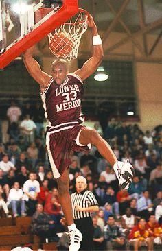 Kobe Bryant at Haverford High School. Photo Pete Bannan/ Main Line Media News