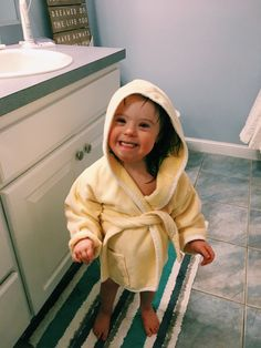 baby pajamas Suit Spring Autumn girls Clothing set Kids cotton Children outfit Toddler home clothes for girls boy sleepwear – Lady Dress Designs I Want A Baby, Cute Little Baby, Little Babies, Cute Babies, Baby Kids, Baby Baby, Little People, Little Ones, Down Syndrom