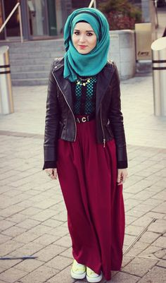 Mix & match :) love this hijab mix <3